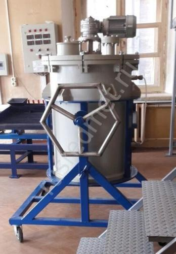 Реактор с переворотом и быстросъемной крышкой V = 0,2 м3
